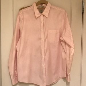 LL Bean pink pinstriped oxford shirt size L